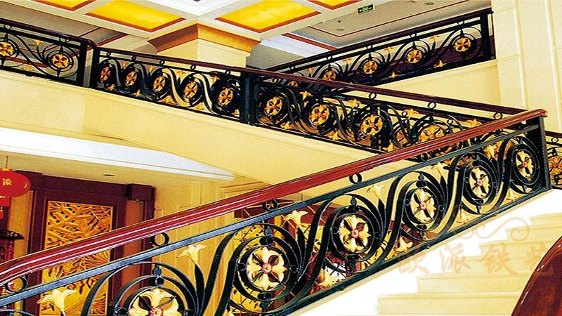 奢华、庄雅的铁艺楼梯颜色的选择?