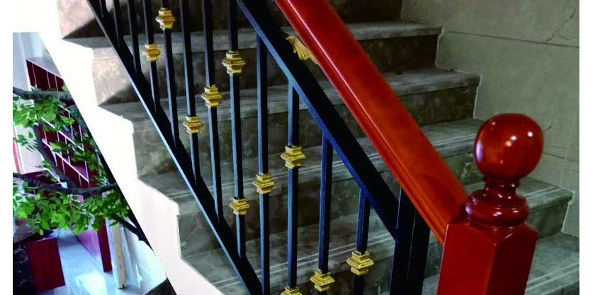 酒店铁艺楼梯扶手的制作过程