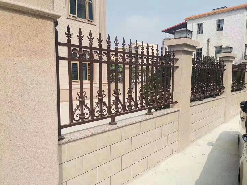 铝艺围栏的特性