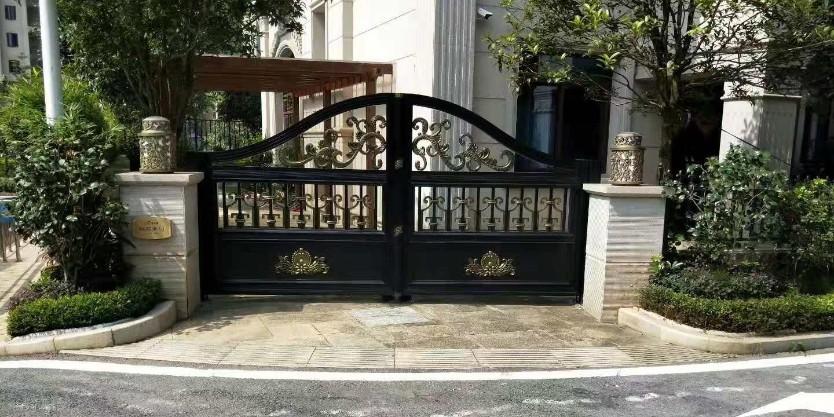 别墅庭院门该选择什么材质