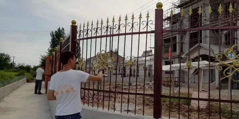 舒城别墅铁艺大门、围栏