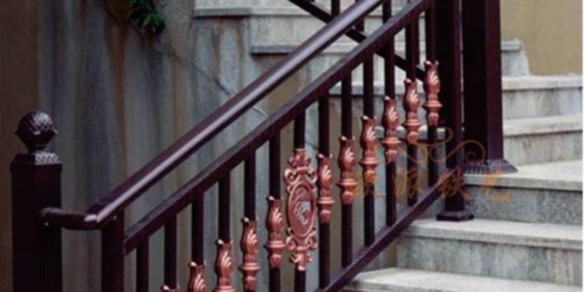 铝艺楼梯扶手的选择